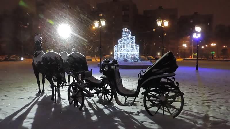 Долгопрудный. Новогодний арт-объект в центральном парке.