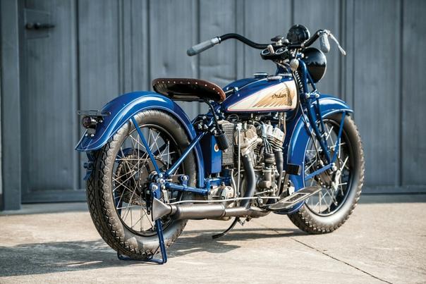 Мото обзор : 1939 Indian Junior Scout Двигатель: V2 0.5 L КПП: МКПП-3 Страна марки: США Страна модели: США Сборка: США Стоимость сегодня: 17 550 (данный экземпляр в 2017