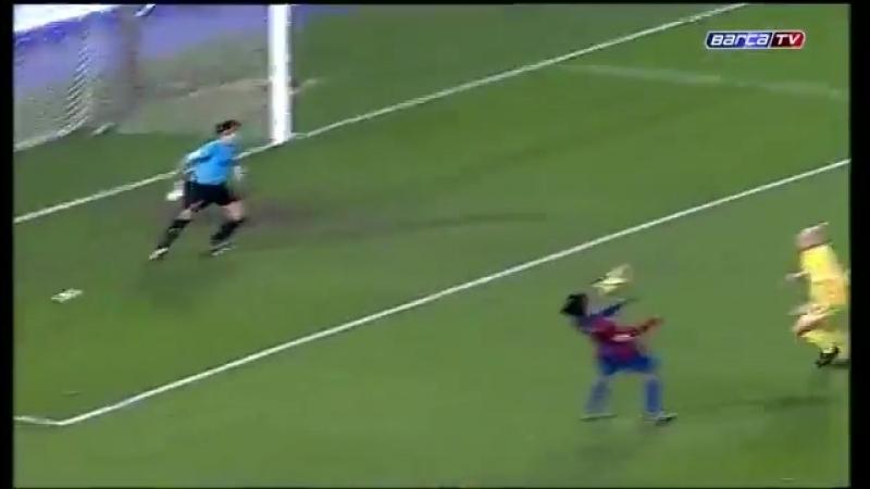 [v-s.mobi]Супер гол Роналдиньо в ворота Вильярреала.mp4