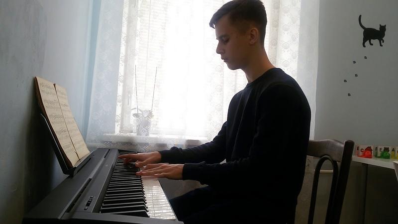 Yann Tiersen Comptine d'un autre ete исполняет Александр