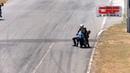 Два мотоциклиста устроили драку во время гонки в Коста-Рике