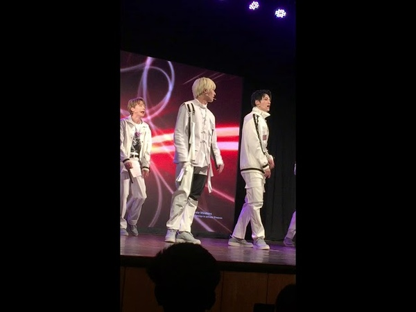 LUCENTE 루첸트 - PARK HA 박하 FAN CAM | Playful performance of CLOSE LOVE and ANSWER MUMBAI