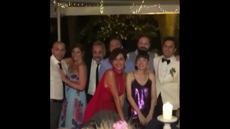 Bergü with esra and Hatice from Ferhan Şensoy wedding yesterday 💒🎉