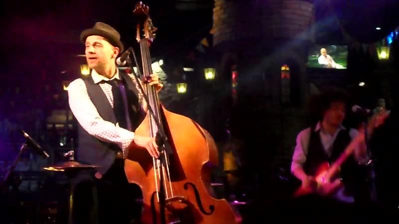 24.11.2018. Billy's Band - в Балаган-Сити. Дождь на Неве
