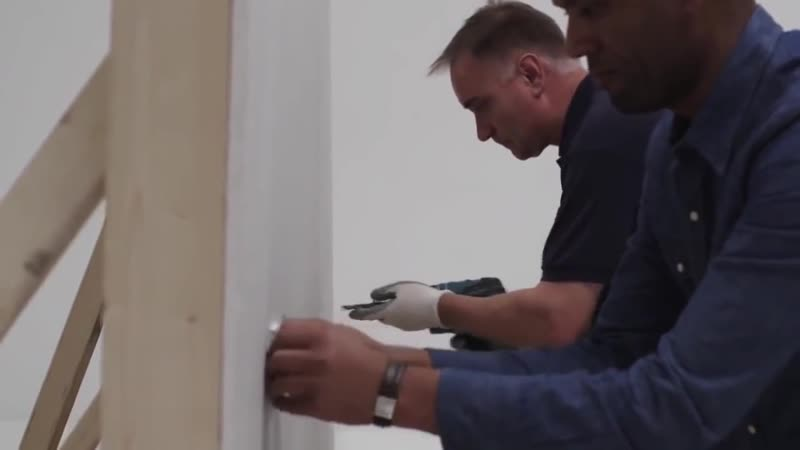 Первый в мире инструмент для вырезания квадратных отверстий в стене 1