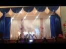 Танец мальчики 11 класс 4