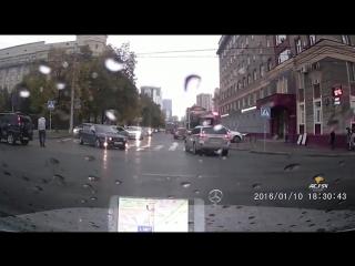 ДТП на Красном проспекте