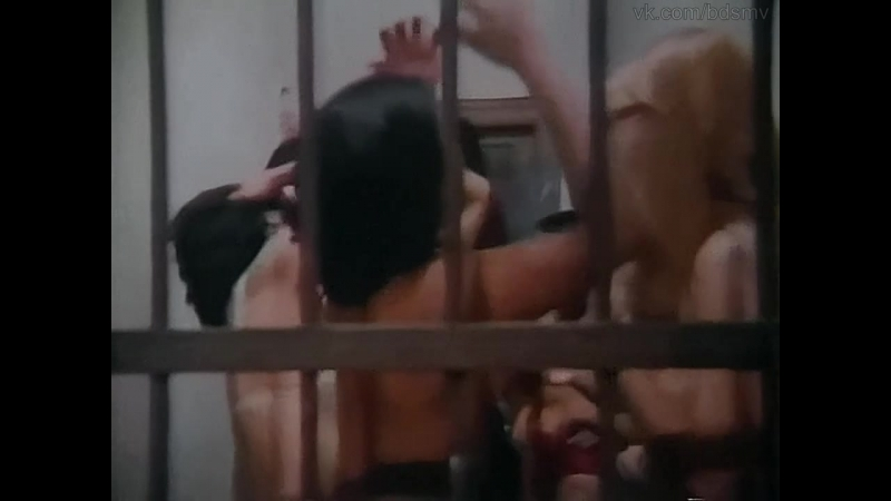 бдсм сцены и эротика(bdsm, похищение, лишение свободы) из фильма: Trafico de Femeas(Tráfico de Fêmeas) - 1979 год