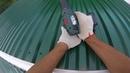 Как поднять и установить профлист на крышу в одиночку raise the sheet on the roof
