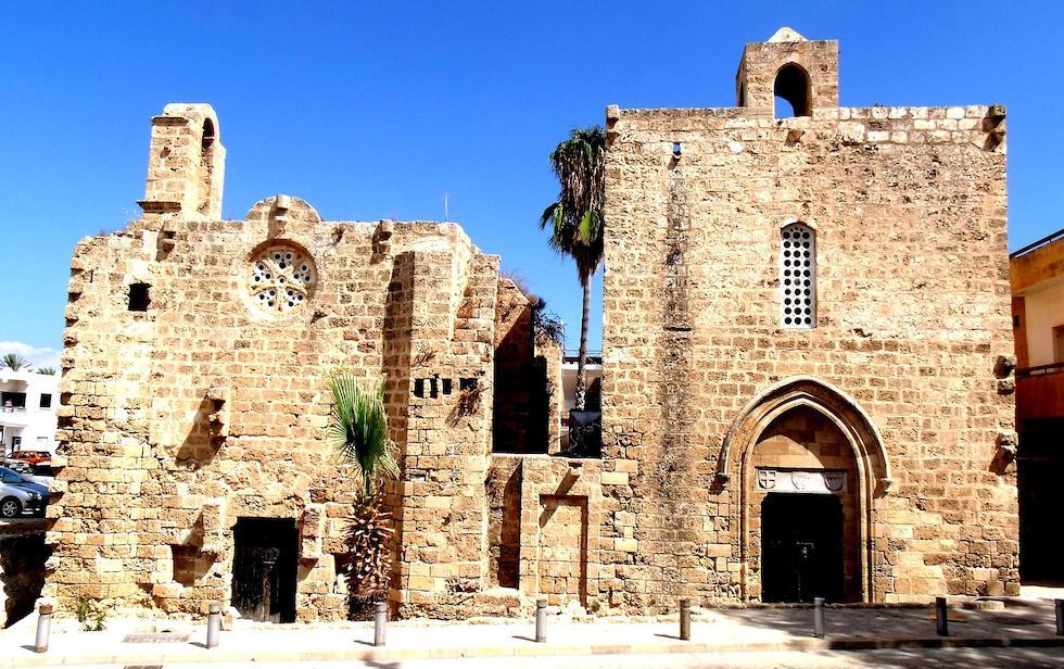 hND6UoG3mbg Фамагуста самый интересный город Кипра.