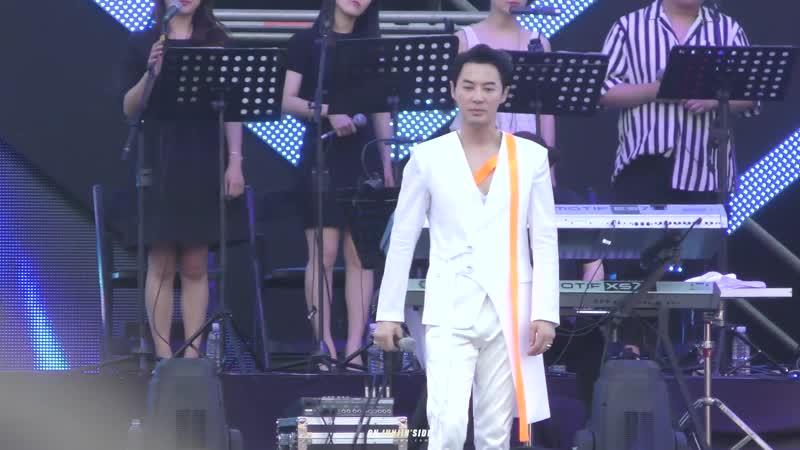 "[4k 170618 신화 콘서트 _""MOVE_"" - Angel(ver 전진)]"
