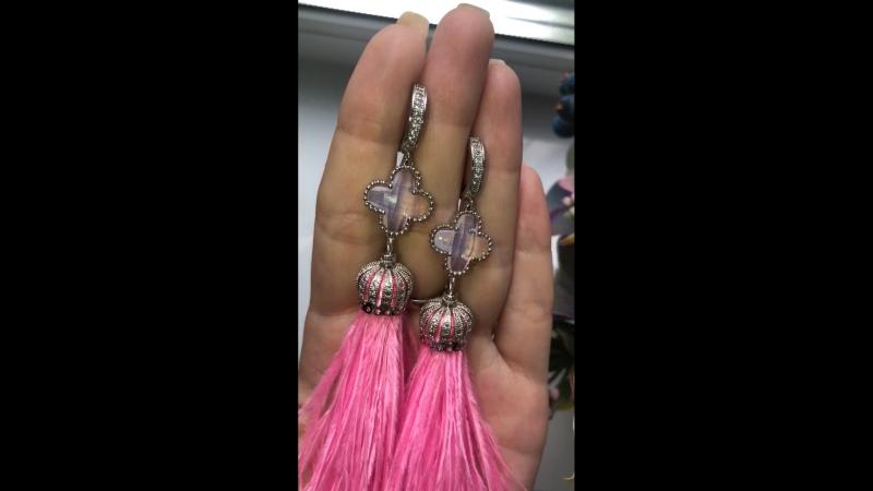 Розовые перья 8 11 см в фурнитуре люкс качества и коннектором из натуральных камней