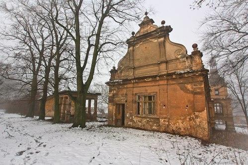 """Чехия. Заброшенный замок """"Vysoký Újezd"""""""