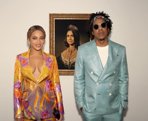 eyonce и Jay Z заменили Мону Лизу на Меган Маркл Таким образом они решили поздравить ее с приближающимся рождением ребенка! Beyonce и Jay Z получили премию Brit Awards как лучшая международная