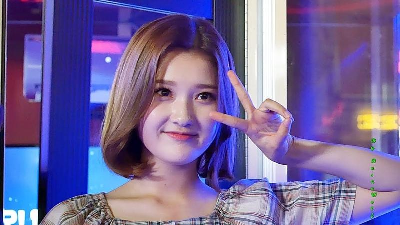 [4K]180811 페이버릿(Favorite) 아라(Ahra) 직캠 BOF 에브리싱 오디션 부산 해운대 by BusanWolf