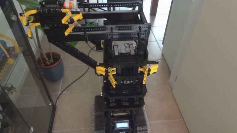 Lego / Arduino robot video 5: that annoying bumb again...