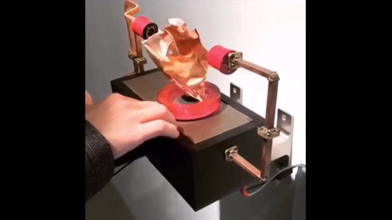 Кинетическая звуковая скульптура rbytnbxtcrfz pderjdfz crekmgnehf