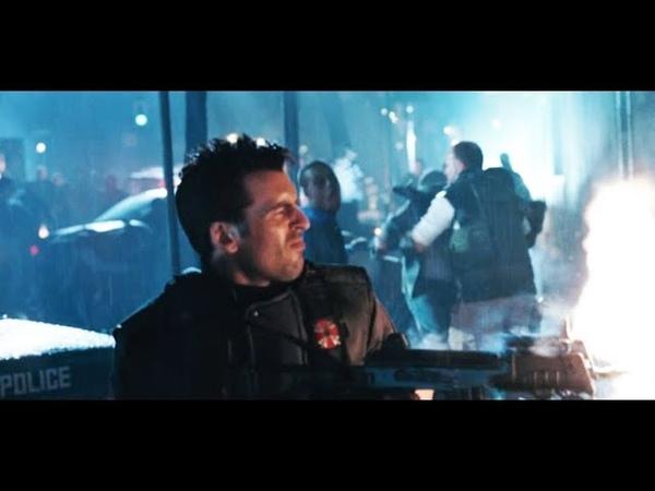 Полицейские раккун-сити отстреливаются от зомби: Обитель зла 2: Апокалипсис (2004) Full HD 1080p