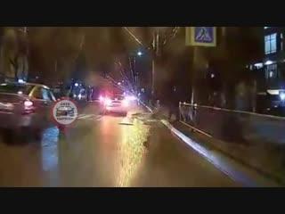 На переходе возле перекрестка Киевская-Ленинградская - ДТП