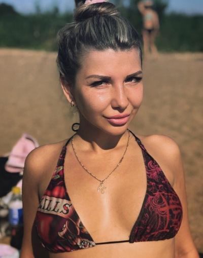 Оля Михайлова