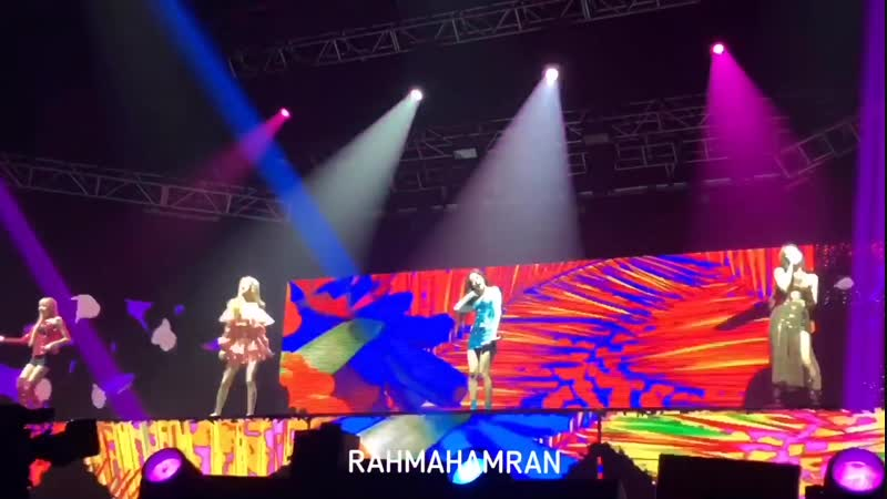 190119 BLACKPINK KISS AND MAKE UP SO HOT Wonder Girls remix cover @ BLACKPINK WORLD TOUR IN YOUR AREA in Jakarta day 1