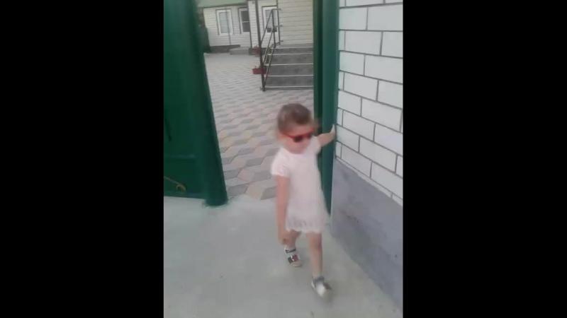 Лариса Мамхягова - Live