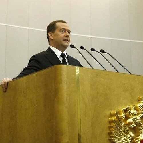 «Многим людям трудно, некоторые просто выживают»: Медведев в Госдуме признал жизнь россиян далёкой от идеала