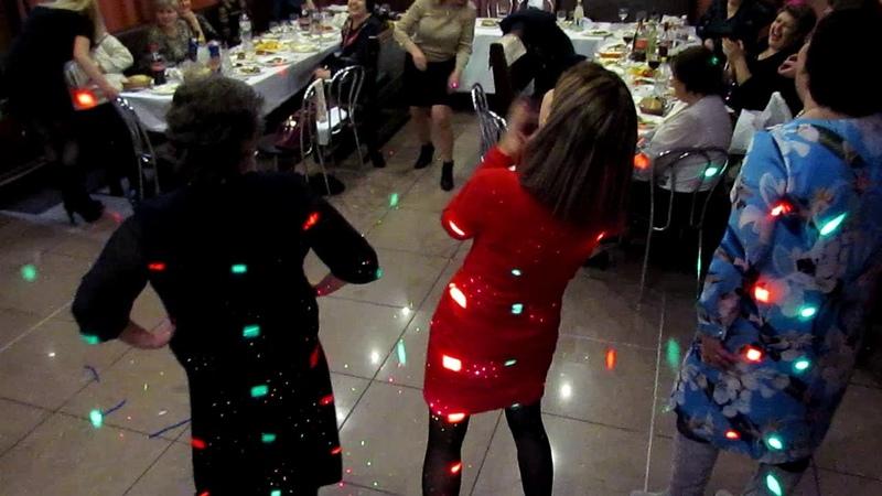Конкурс Обруч и праздничное дефиле на новогоднем вечере 2018 Запорожье тамада ведущая Мария