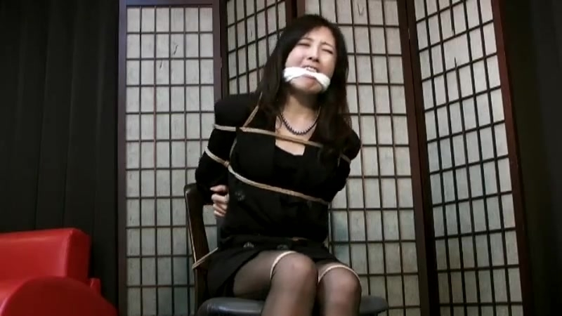 Tied up japanese lady 4