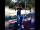 На спортивных снарядах в парке Нефтяник