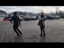 ПАРЕНЬ И ДЕВУШКА ТАНЦУЮТ ОЧЕНЬ КЛАССНО В МОСКВЕ 2018 ЧЕЧЕНСКАЯ ПЕСНЯ КОРОЛЕВА