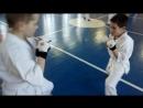 Прямой удар в Мочевидный отросток processus xiphoideus защита в Кёкусинкай карате