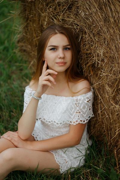 Vika Dolgopolova