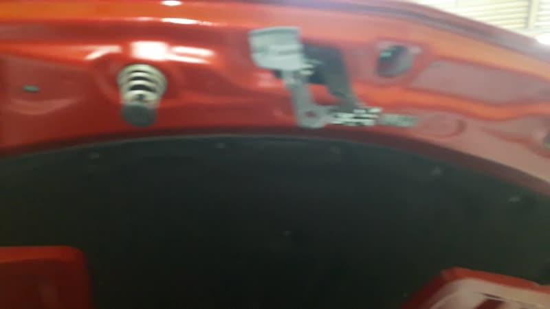 Защита от угона Mercedes-Benz C 180 - Замки капота