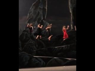 Как расслабляются балетные артисты :)