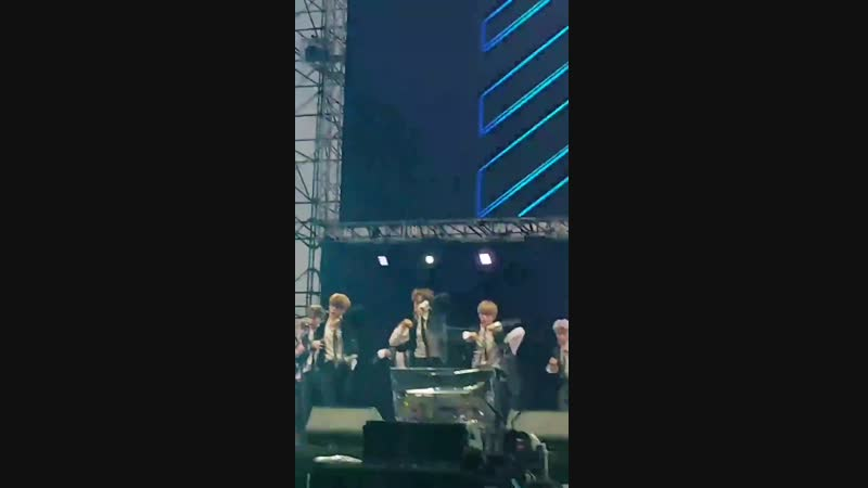 181209 Jungwoo Simon Says - MAYA Music Festival - - JUNGWOO NCT127 NCT - MAYAMUSICFESTIVAL
