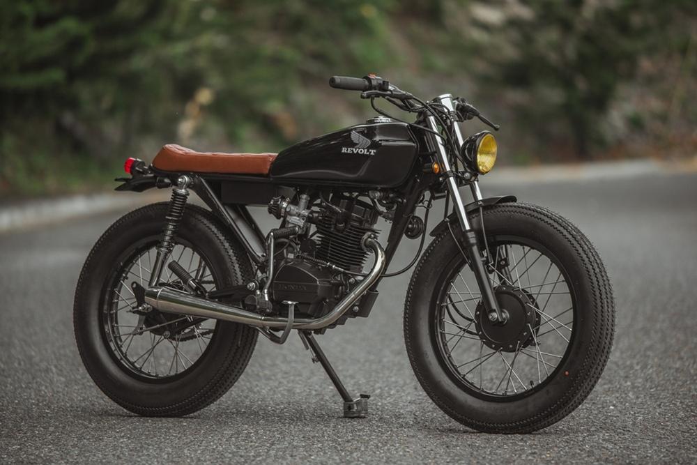 Revolt Cycles: брэт-кастом RVLT32 ака Blanko на базе Honda TMX125 Alpha