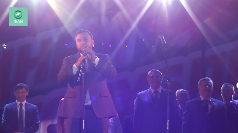 Глава ЛНР поздравил жителей Луганска с Днем республики