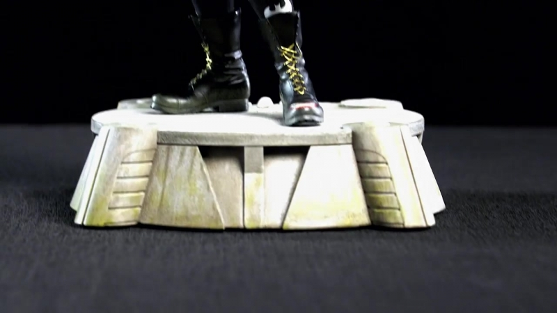 The Joker Premium Format™ Figure – Suicide Squad_ Out of the Box