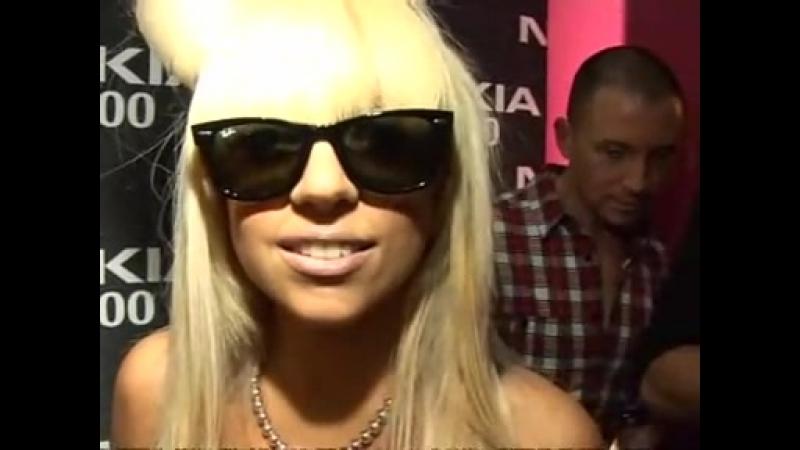 Леди Гага говорит о Грейс Джонс и Пэрис Хилтон 27 января 2009