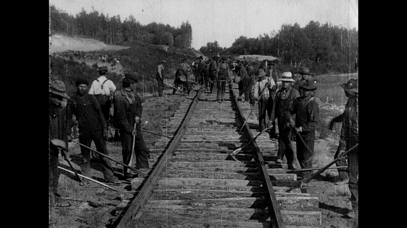 The Building of a Transcontinental Railway in Canada [extract] (1910)