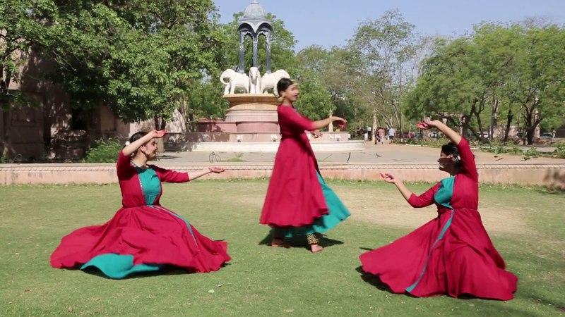 Trap Padhant | International Dance Day | Kathak Dance | Radhika - Niharika - Jyoti