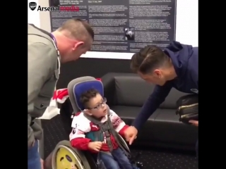 What a day for our young fan, Theo - - 1️ Watches his team win - 2️ Meets his heroes post-match - - A lovely touch by the lads