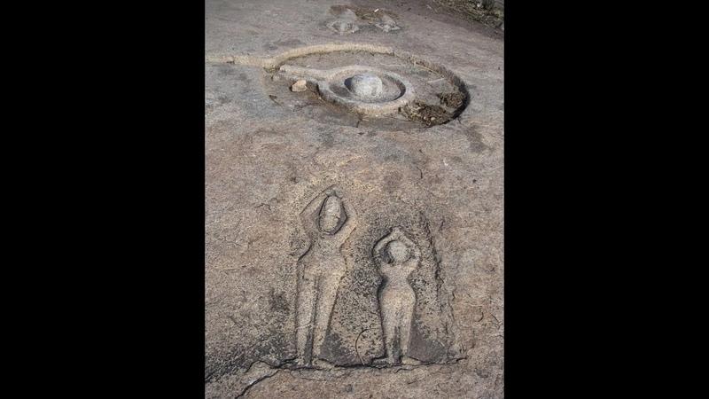 Удивительные квадраты и лингамы в Хампи Индия