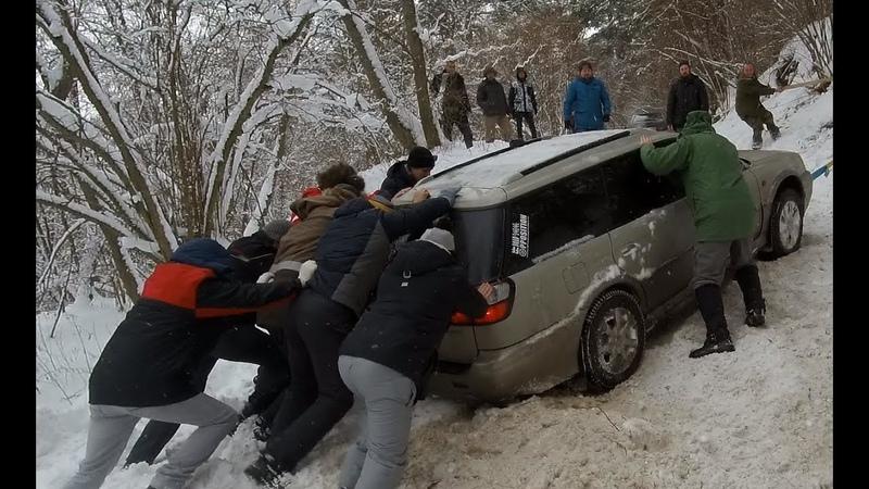 Зимний Off-road кроссоверы в глубоком снегу, перегрели муфту на Renault Duster