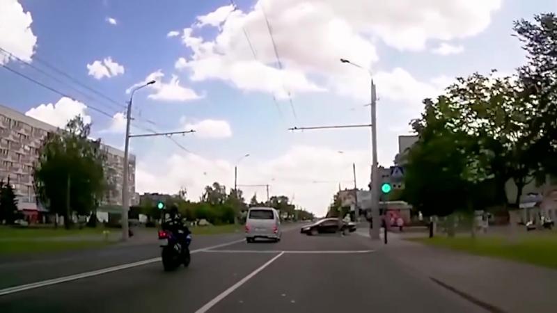 Аварии на дороге, приколы на дорогах 2018 4