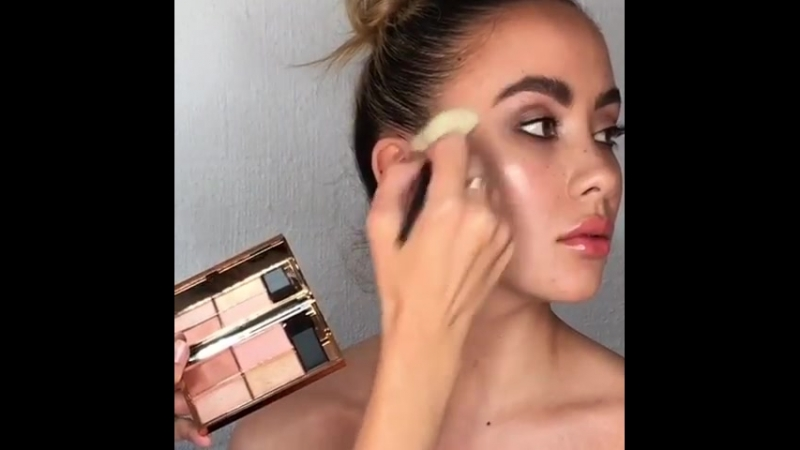"""Jaynelle Lording Makeup Artist on Instagram: """"Glowing with the new Highlight Copperplate by @sleekmakeup_australia @beautynextau"""