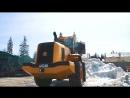 JCB 455ZX — фронтальный погрузчик в работе