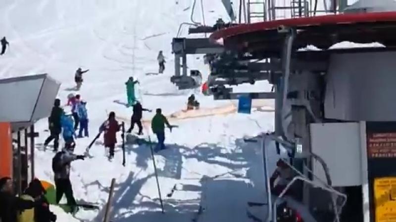 Гудаури... Accident in ski lift Gudauri Georgia