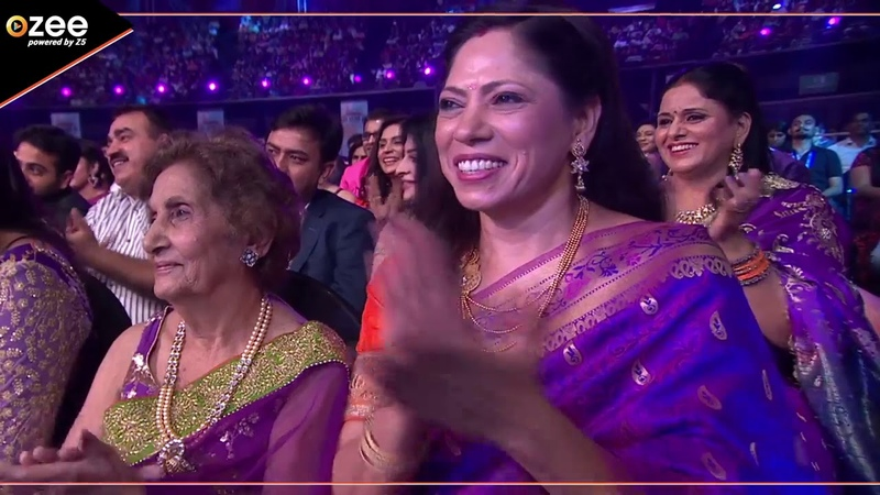 Before TV - A Starry Performance By Zee Family | Zee Rishtey Awards 2017 | OZEE Exclusive